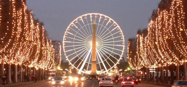 Champ Elysees Christmas Selebration