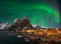 Northern Lights: Norway, Finland, Sweden, Iceland, Russia