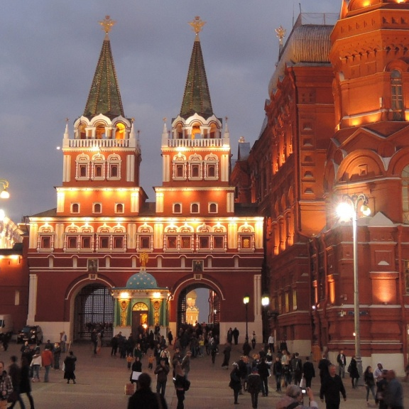 Tours of Moscow and Saint Petersburg