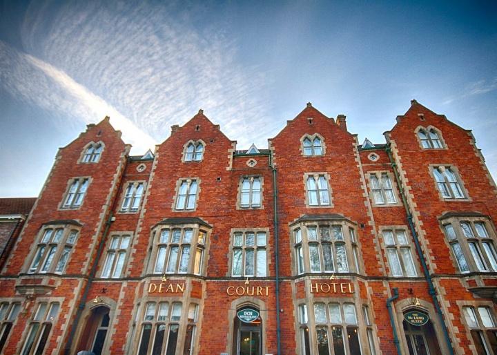 Best Western Plus Dean Court Hotel