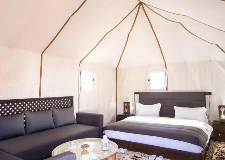 Golden Camp Hotel