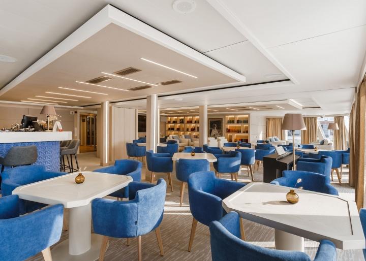 Mustai Karim Cruise Ship Gallery